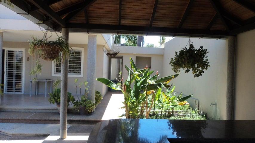 Casa Lara>Cabudare>Parroquia Agua Viva - Venta:85.000 Precio Referencial - codigo: 19-19470