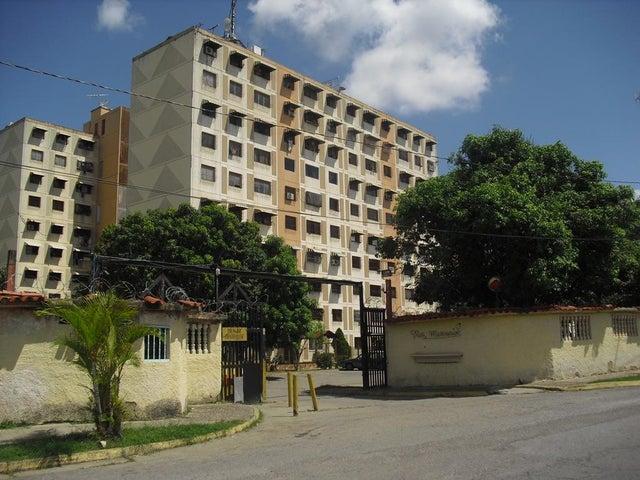 Apartamento Miranda>Charallave>La Estrella - Venta:9.500 Precio Referencial - codigo: 19-19400