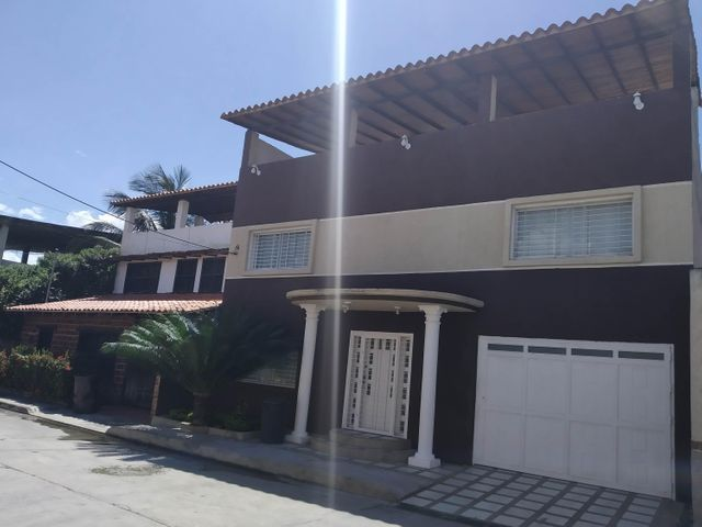 Casa Aragua>Municipio Linares Alcantara>La Morita I - Venta:90.000 Precio Referencial - codigo: 19-19349
