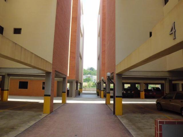 Apartamento Carabobo>Municipio Naguanagua>Tazajal - Venta:33.000 Precio Referencial - codigo: 19-19351