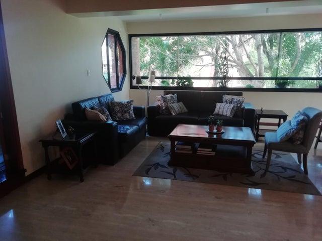 Apartamento Distrito Metropolitano>Caracas>La Lagunita Country Club - Venta:280.000 Precio Referencial - codigo: 19-19393