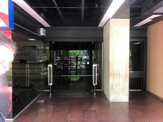 Oficina Distrito Metropolitano>Caracas>Santa Paula - Venta:180 Precio Referencial - codigo: 19-19372