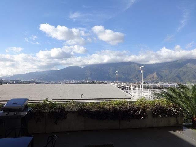 Apartamento Distrito Metropolitano>Caracas>Solar del Hatillo - Venta:500.000 Precio Referencial - codigo: 19-19377