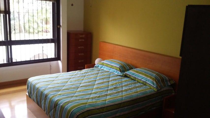 Apartamento Distrito Metropolitano>Caracas>Loma Linda - Venta:115.000 Precio Referencial - codigo: 19-19382