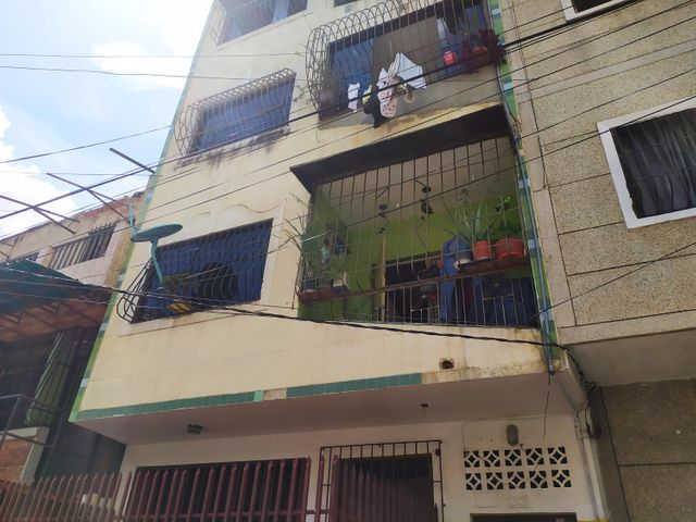 Apartamento Distrito Metropolitano>Caracas>Alta Vista - Venta:14.500 Precio Referencial - codigo: 19-19487