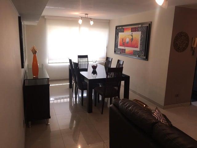 Apartamento Distrito Metropolitano>Caracas>Terrazas del Avila - Venta:50.000 Precio Referencial - codigo: 19-18992
