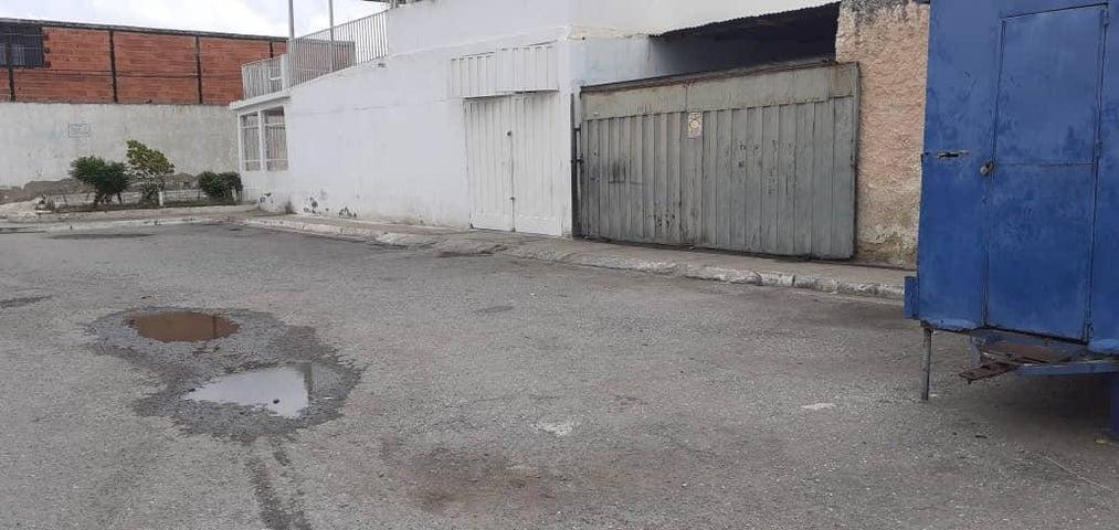 Casa Lara>Barquisimeto>Parroquia Union - Venta:7.000 Precio Referencial - codigo: 19-19439