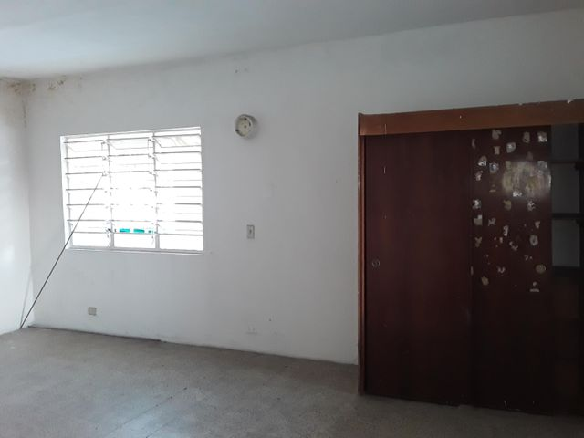 Casa Aragua>Maracay>La Coromoto - Venta:32.000 Precio Referencial - codigo: 19-19453