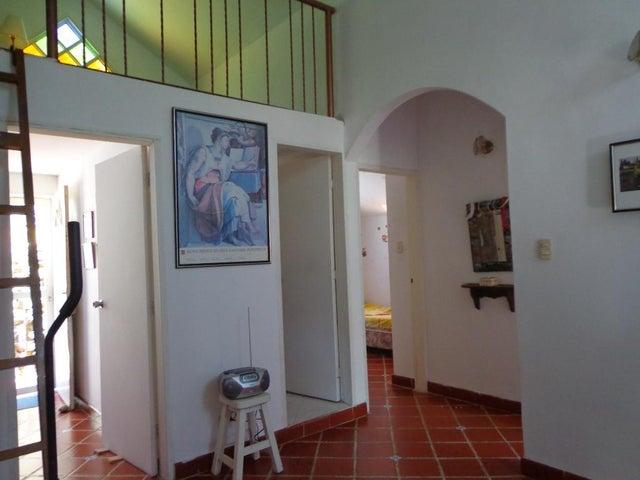 Casa Distrito Metropolitano>Caracas>El Hatillo - Venta:70.000 Precio Referencial - codigo: 19-19467