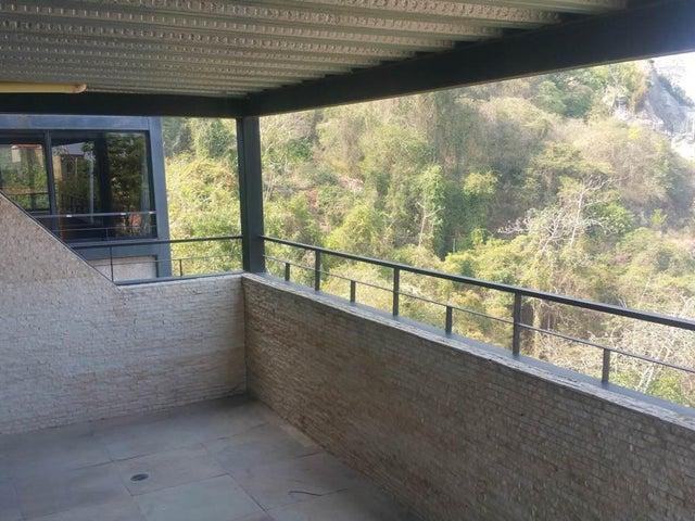 Casa Distrito Metropolitano>Caracas>Colinas de Santa Monica - Venta:370.000 Precio Referencial - codigo: 19-19472