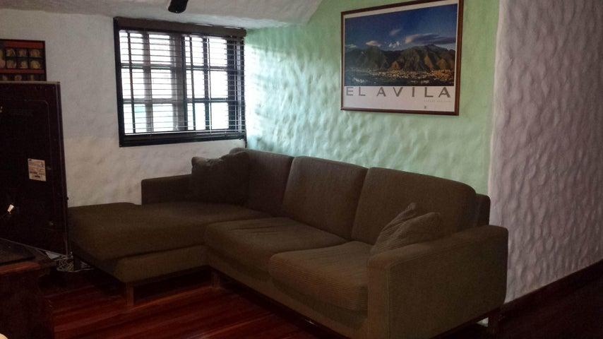 Casa Distrito Metropolitano>Caracas>Caicaguana - Venta:80.000 Precio Referencial - codigo: 19-19474
