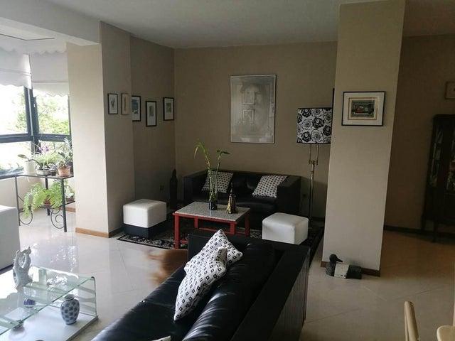 Casa Distrito Metropolitano>Caracas>Miranda - Venta:500.000 Precio Referencial - codigo: 19-19479