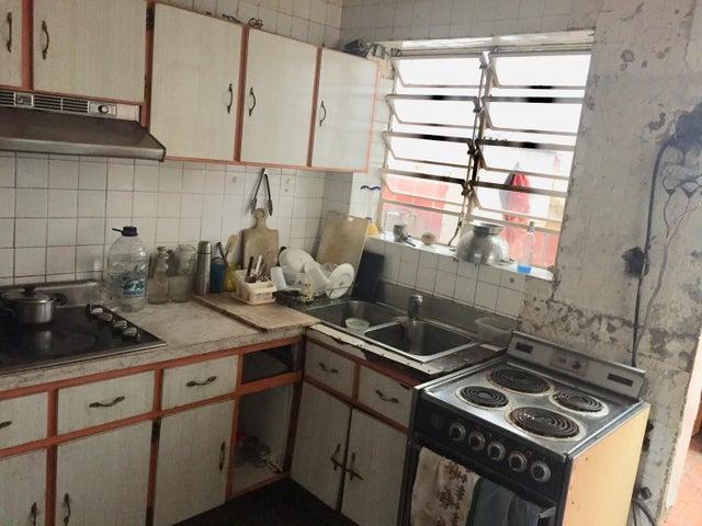 Casa Distrito Metropolitano>Caracas>Los Chorros - Alquiler:1.000 Precio Referencial - codigo: 19-19485