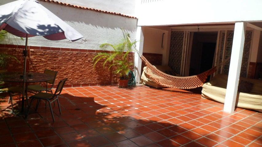 Casa Distrito Metropolitano>Caracas>Palo Verde - Venta:75.000 Precio Referencial - codigo: 19-19494