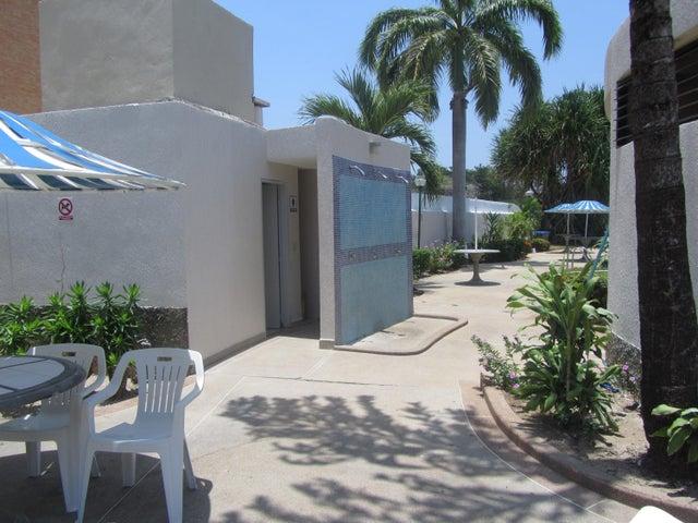 Apartamento Miranda>Higuerote>Agua Sal - Venta:20.000 Precio Referencial - codigo: 19-19499