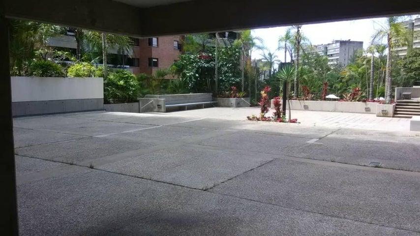 Apartamento Distrito Metropolitano>Caracas>Las Esmeraldas - Venta:350.000 Precio Referencial - codigo: 19-20062