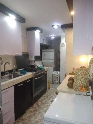 Apartamento Distrito Metropolitano>Caracas>Montalban III - Venta:110.000 Precio Referencial - codigo: 19-20482
