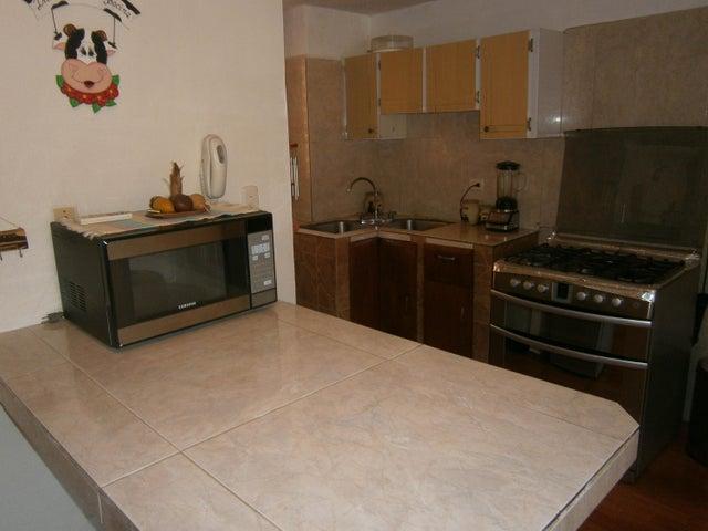 Apartamento Carabobo>Municipio San Diego>El Tulipan - Venta:13.500 Precio Referencial - codigo: 19-9817