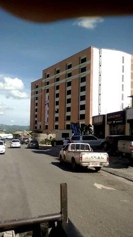 Oficina Miranda>Guatire>Vega Arriba - Venta:83.600 Precio Referencial - codigo: 19-20496
