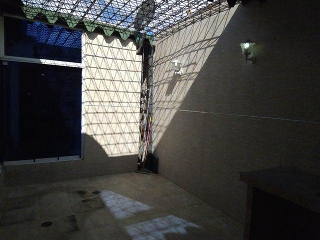 Apartamento Aragua>Maracay>El Limon - Venta:48.000 Precio Referencial - codigo: 19-20579