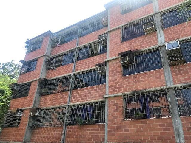 Apartamento Miranda>Guarenas>Nueva Casarapa - Venta:12.500 Precio Referencial - codigo: 20-74