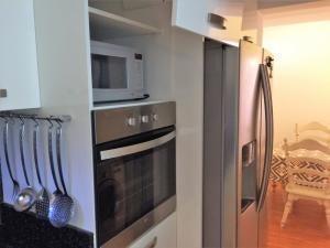Apartamento Distrito Metropolitano>Caracas>Macaracuay - Alquiler:300 Precio Referencial - codigo: 20-62