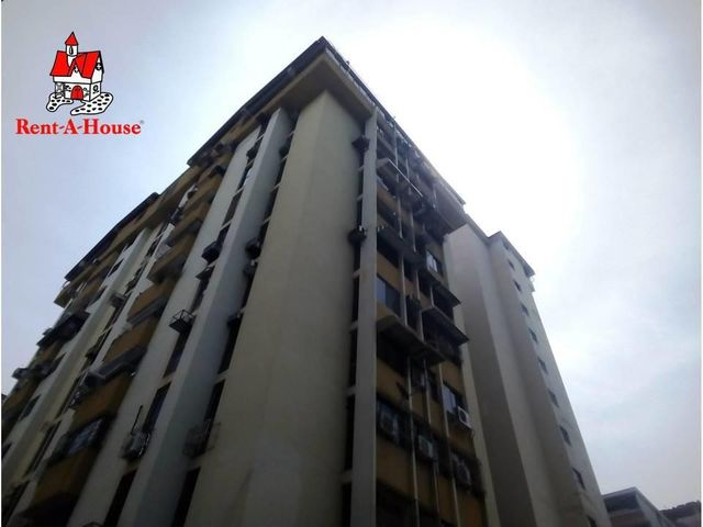Apartamento Aragua>Maracay>Calicanto - Venta:36.000 Precio Referencial - codigo: 20-67