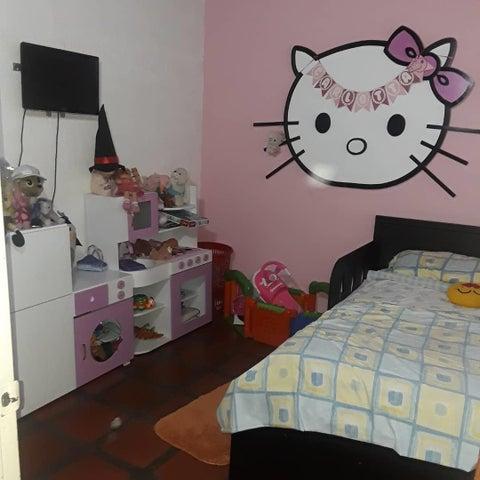 Casa Lara>Cabudare>Parroquia Jose Gregorio - Venta:17.500 Precio Referencial - codigo: 20-76