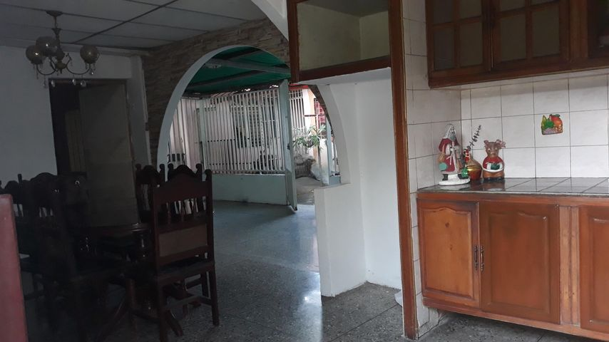 Casa Lara>Barquisimeto>Parroquia Juan de Villegas - Venta:25.000 Precio Referencial - codigo: 20-83
