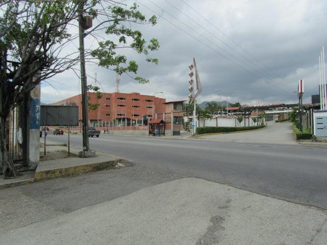 Terreno Miranda>Guatire>El Marques - Venta:100.000 Precio Referencial - codigo: 20-87