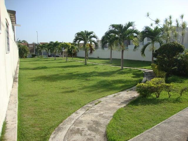 Casa Lara>Cabudare>Parroquia Jose Gregorio - Venta:22.000 Precio Referencial - codigo: 20-88