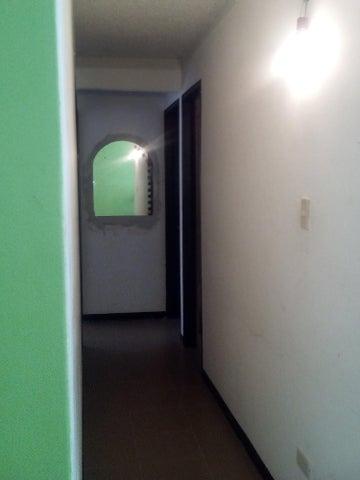 Apartamento Miranda>Charallave>Valles de Chara - Venta:6.500 Precio Referencial - codigo: 20-98