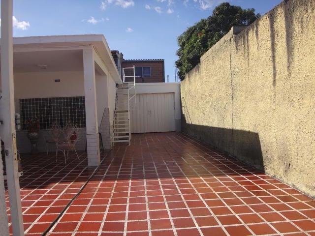 Casa Lara>Barquisimeto>Parroquia Juan de Villegas - Venta:25.000 Precio Referencial - codigo: 20-127