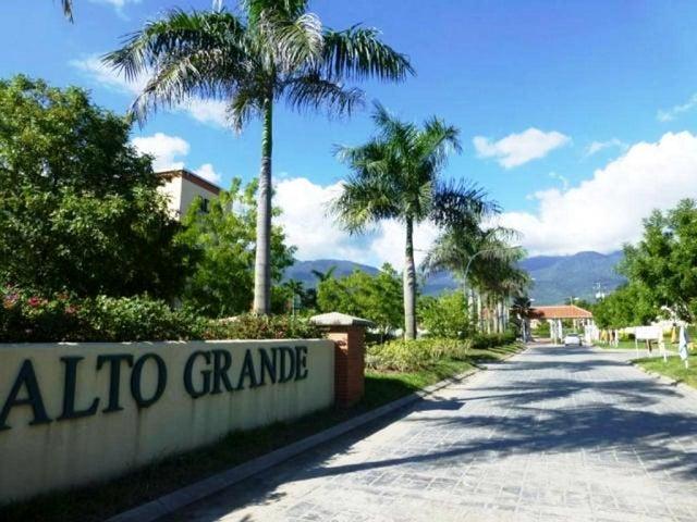 Apartamento Miranda>Guatire>Alto Grande - Venta:16.000 Precio Referencial - codigo: 20-164