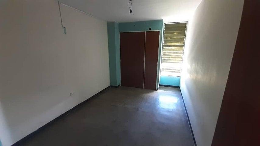 Apartamento Lara>Cabudare>Parroquia Agua Viva - Venta:11.000 Precio Referencial - codigo: 20-282