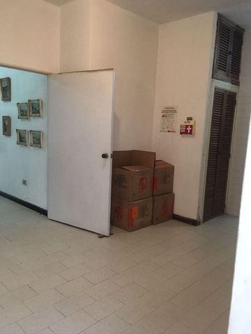 Casa Distrito Metropolitano>Caracas>Altamira - Venta:210.000 Precio Referencial - codigo: 20-274