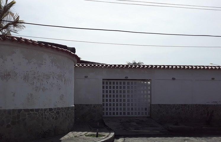 Casa Aragua>Turmero>La Mantuana - Venta:55.000 Precio Referencial - codigo: 20-295