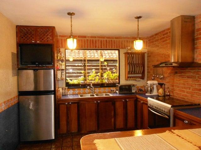Casa Distrito Metropolitano>Caracas>La Union - Venta:110.000 Precio Referencial - codigo: 20-283