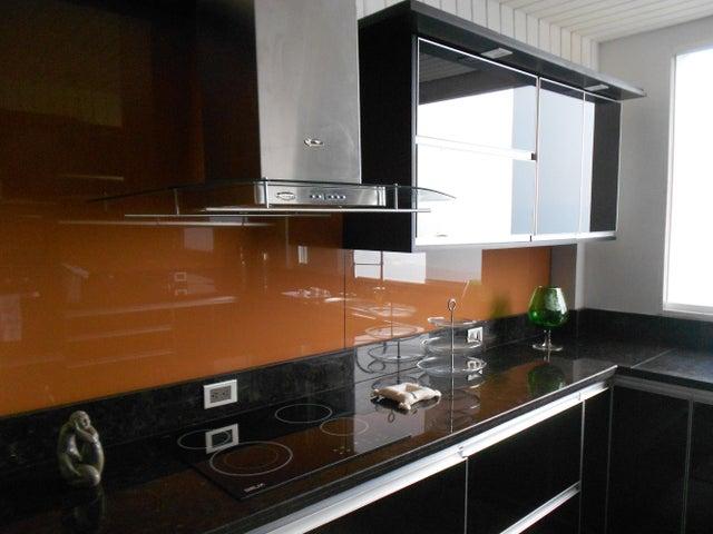 Casa Distrito Metropolitano>Caracas>Los Guayabitos - Venta:150.000 Precio Referencial - codigo: 20-300