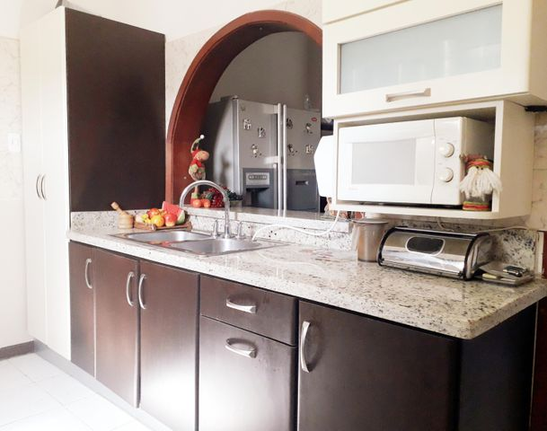 Apartamento Falcon>Coro>Sector Los Orumos - Venta:20.000 Precio Referencial - codigo: 20-306