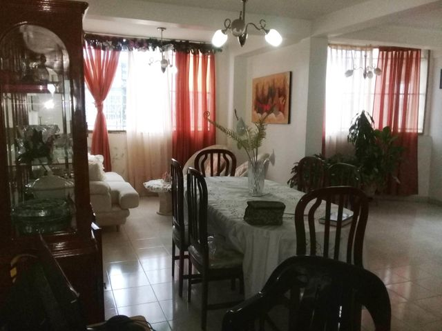 Casa Aragua>Maracay>Villas de Aragua - Venta:55.000 Precio Referencial - codigo: 20-305