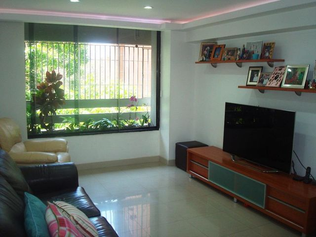 Apartamento Distrito Metropolitano>Caracas>El Rosal - Venta:60.000 Precio Referencial - codigo: 20-326