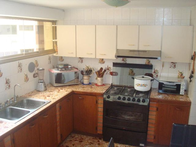 Apartamento Distrito Metropolitano>Caracas>El Cafetal - Venta:65.000 Precio Referencial - codigo: 20-329