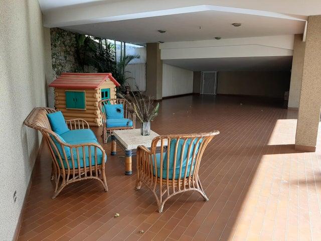 Apartamento Distrito Metropolitano>Caracas>Colinas de Bello Monte - Alquiler:350 Precio Referencial - codigo: 20-342
