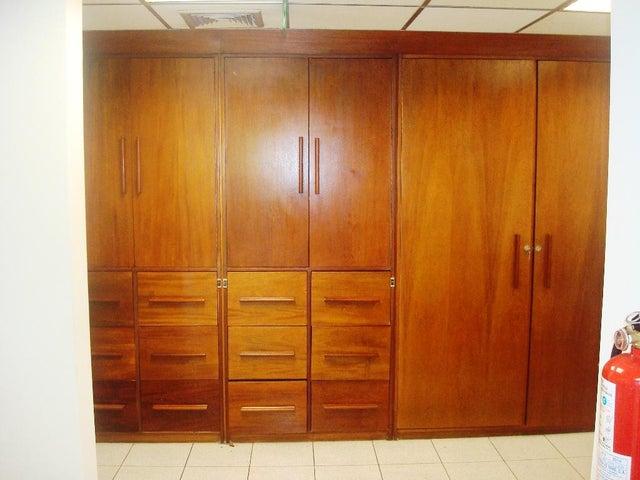 Local Comercial Distrito Metropolitano>Caracas>Santa Paula - Venta:150.000 Precio Referencial - codigo: 20-347