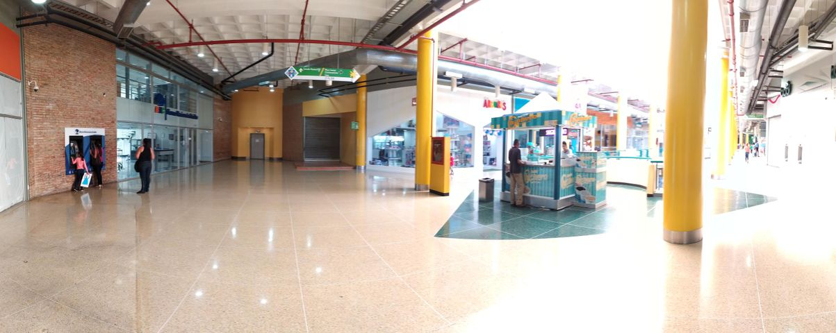 Local Comercial Lara>Barquisimeto>Parroquia Juan de Villegas - Alquiler:160 Precio Referencial - codigo: 20-349