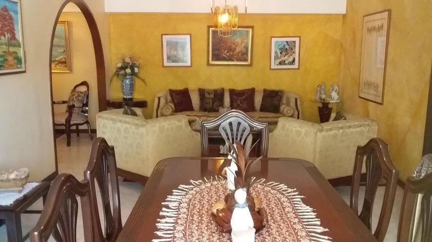 Apartamento Distrito Metropolitano>Caracas>El Paraiso - Venta:48.500 Precio Referencial - codigo: 20-542