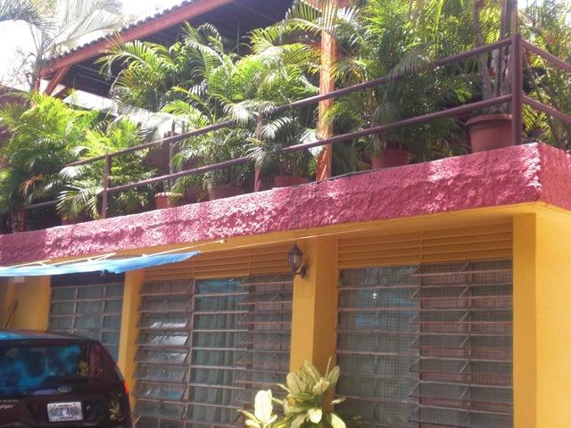 Casa Distrito Metropolitano>Caracas>Chuao - Venta:380.000 Precio Referencial - codigo: 20-569