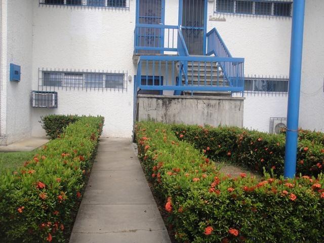 Apartamento Miranda>Rio Chico>Los Canales de Rio Chico - Venta:25.000 Precio Referencial - codigo: 20-663