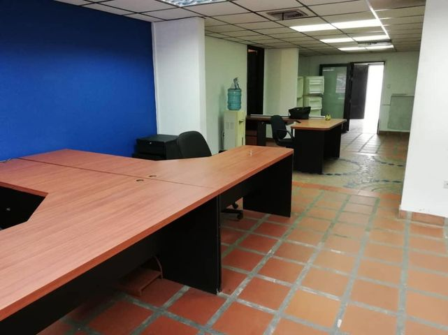 Local Comercial Zulia>Maracaibo>Santa Maria - Venta:30.000 Precio Referencial - codigo: 20-816